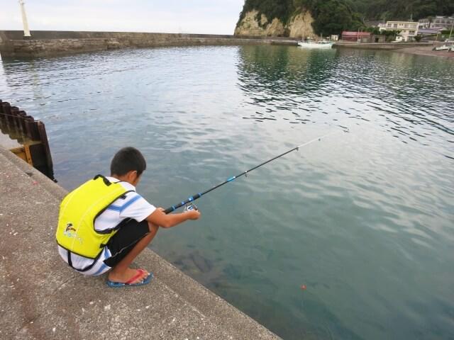 少年の釣り