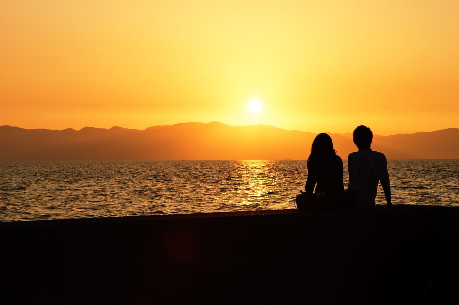 彼女と海でデート