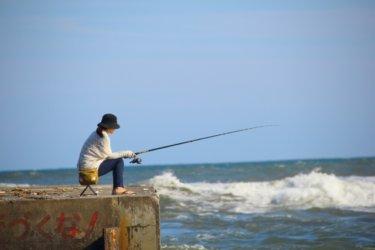 春の海で釣れる魚と魚種別の釣り方!【堤防で大物狙い】