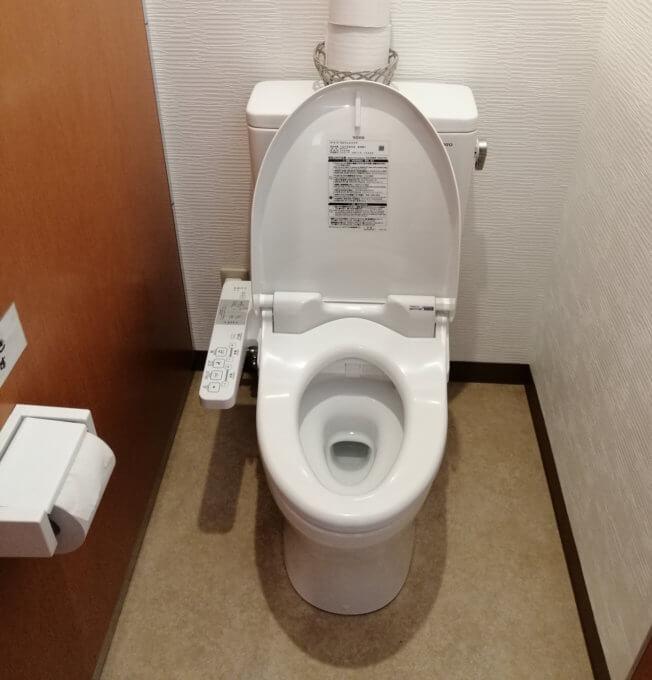 キャンプマナビスのトイレ