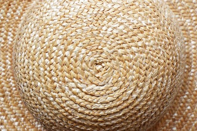 麦わら帽子の素材